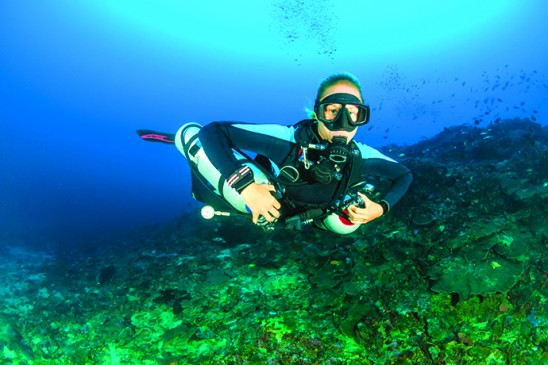 Laura finishing her sidemount course